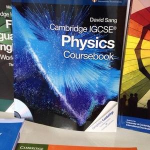Книга Cambridge University press по физике