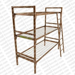 Железные кровати трёхъярусные для размещения рабочих