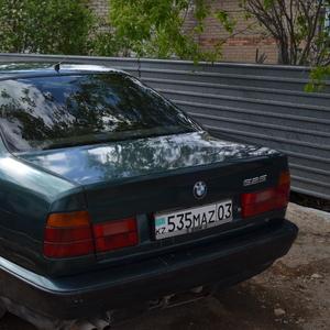 Продам БМВ 525 ix 1993 года зеленый металлик
