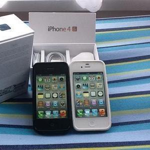 Черный и Белый Apple,  iPhone 4S 32 ГБ,  Sony Ericsson Xperia Arc,  Black