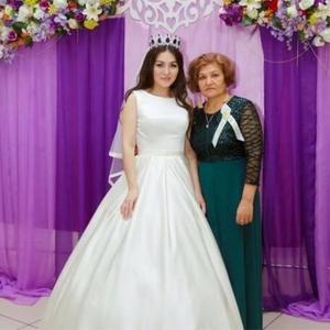 Шикарное атласное свадебное платье. Торг возможен