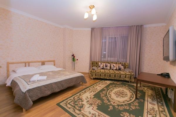 1-комнатная квартира посуточно,  Сарайшык